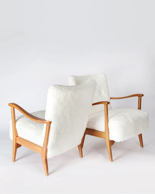 Image courtesy of Radel Home. Scandinavian Chairs available at Viyet.