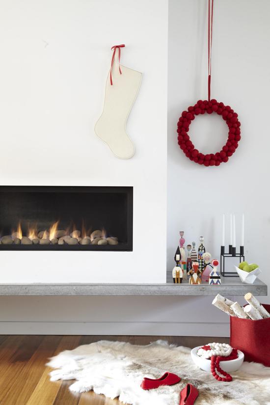 viyet-fireplace-holiday-retro