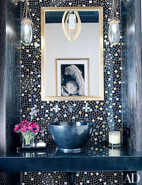 viyet-powder-room-dark-ad