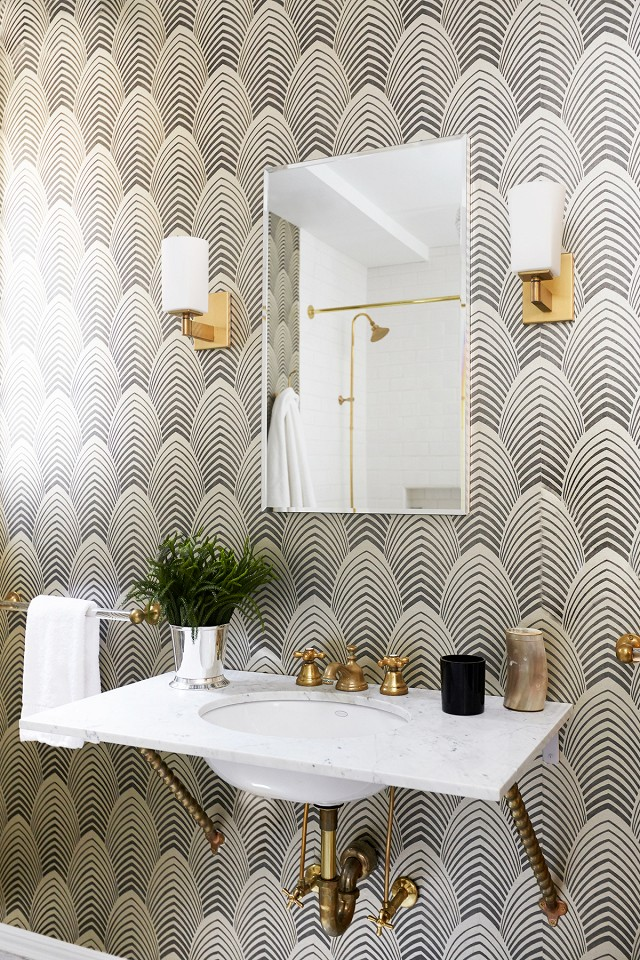 viyet-powder-room-my-domaine