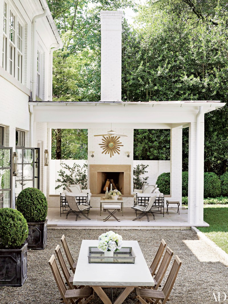 outdoor dining looks we love v i y e t